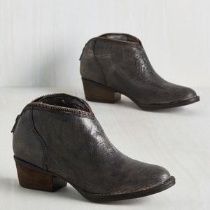 Distressed Gray Leather Booties with Zipper Trim